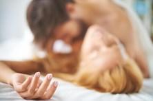 Médico 'prescreve' sexo e orgasmos a mulher para depressão