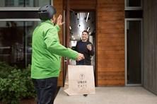 A Uber já lhe pode entregar as refeições em casa