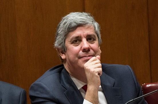 Portugal paga 2,7 mil milhões antecipados ao FMI