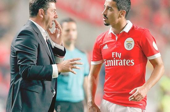 Lateral prioritário no Benfica