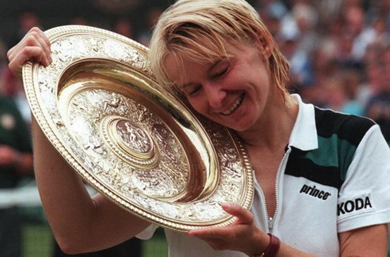 Tenista Jana Novotna morre aos 49 anos