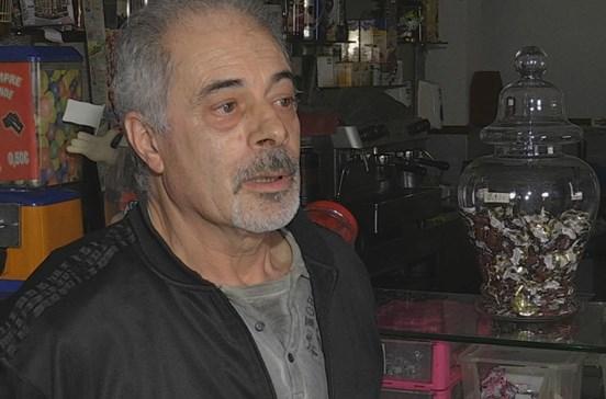 Cliente e dono de café agredidos em assalto