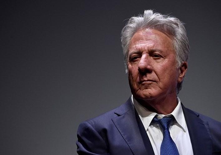 Dustin Hoffman é acusado de ter assediado menina de 17 anos