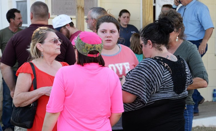 Tiroteio numa igreja batista no Texas causa vários mortos e feridos