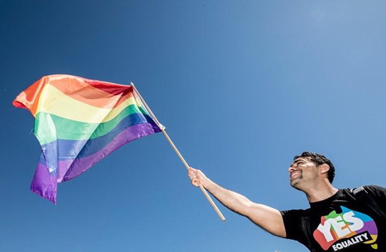 Pesquisa revela que a maioria da população apoia casamento gay, na Austrália
