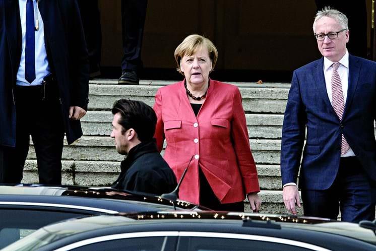 Líder dos social-democratas diz não estar disponível para coalizão com Merkel