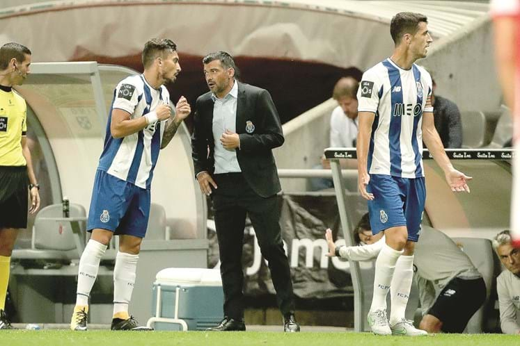 Liga (12ªJ): Resumo CD Aves 1-1 FC Porto (vídeo)