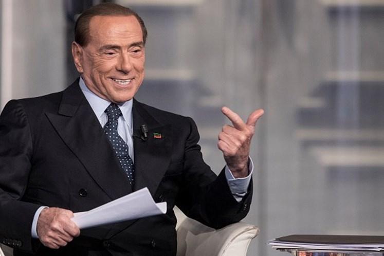 Tajani aceita ser o candidato a primeiro-ministro de Berlusconi