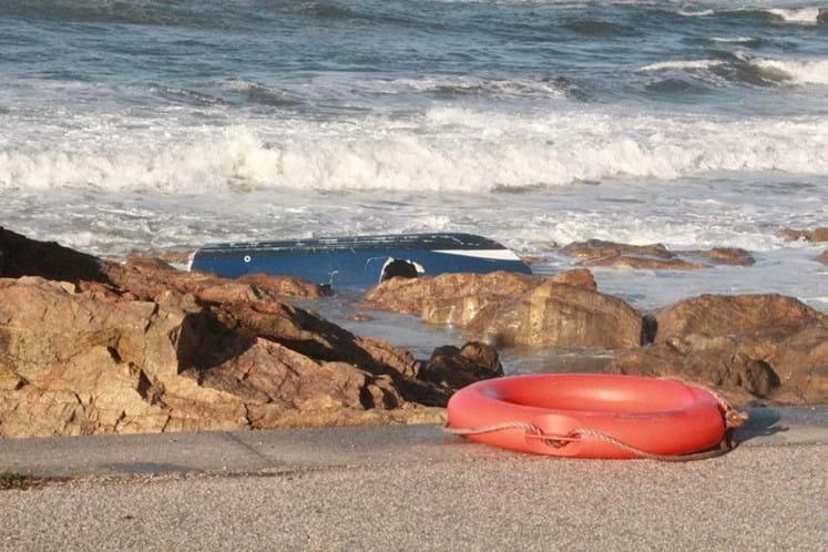 Mulher desaparecida em naufrágio ao largo do Porto