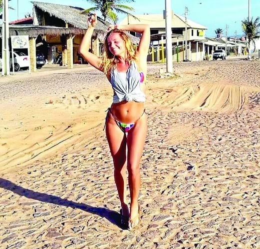 O verao chegou e a temporada de bikinis tambem