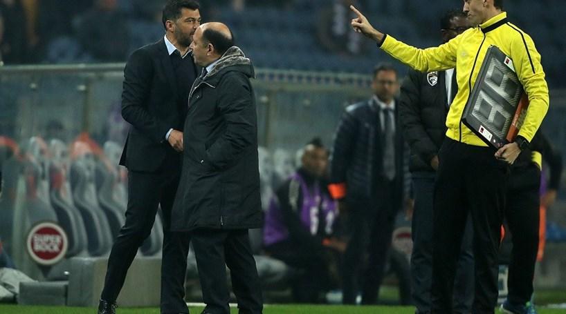 FC Porto marca dois golos perto do fim e elimina Portimonense