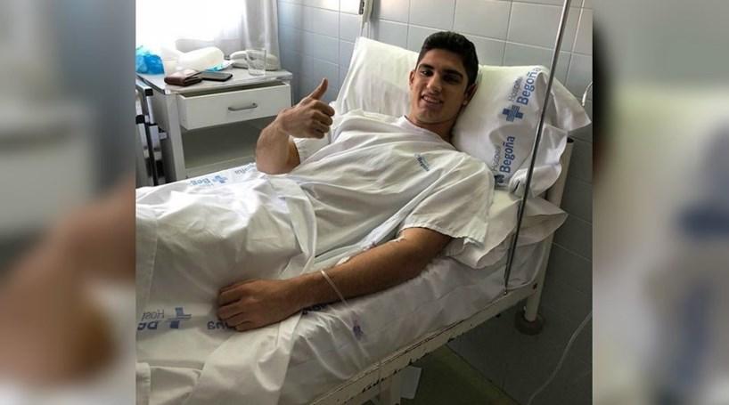 Gonçalo Guedes foi operado com sucesso