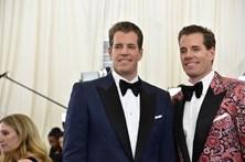 Gémeos que processaram Zuckerberg fazem fortuna em Bitcoin