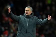 Mourinho admite que título inglês de futebol pode estar entregue ao rival City