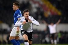 Golo de Hélder Ferreira dá triunfo ao Vitória de Guimarães sobre o Feirense