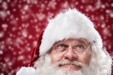 Pai Natal apedrejado por crianças por não ter rebuçados