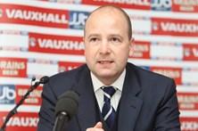 Presidente da Federação Galesa alvo de inquérito por não querer treinador inglês