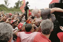 Julgamento em janeiro ameaça candidatura de Lula da Silva