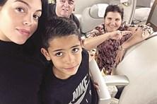 Namorada de Ronaldo cada vez mais cúmplice de Dolores