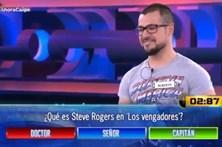 Concorrente televisivo falha resposta que tinha estampada na T-shirt
