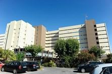 Hospital não acautelou acompanhamento a idoso que esteve 3 dias no corredor da urgência