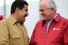 Aliados de Hugo Chávez gastaram 10 milhões em luxo