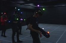 Centro de realidade virtual põe jogadores a combater zombies