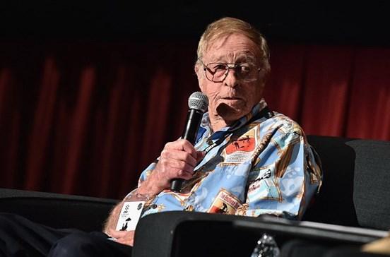 """Morreu Bruce Brown, realizador de """"The Endless Summer"""""""