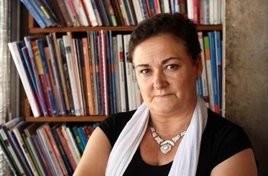 Professora processada por fuga nos exames