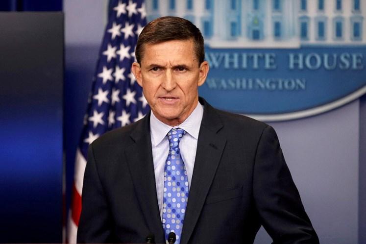 Trump diz que ações de Flynn durante transição presidencial foram legais