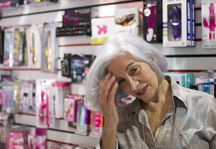 sex shop portugal mulher traindo marido