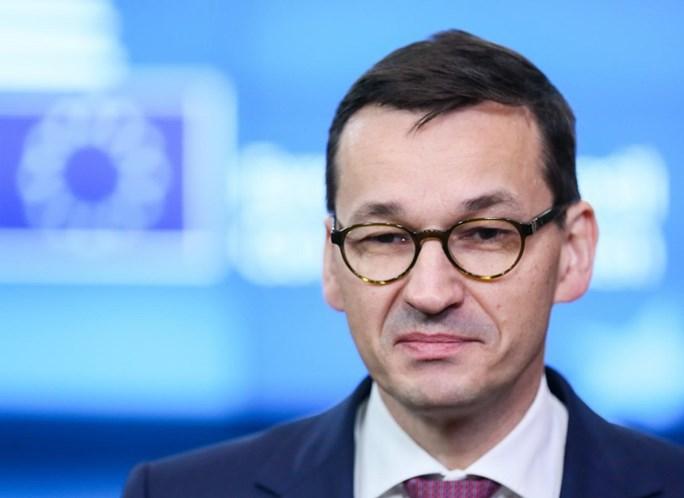 UE pune Polônia por desrespeito às regras democráticas do bloco