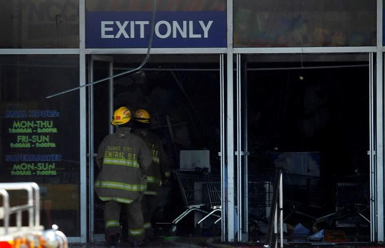 Incêndio num centro comercial das Filipinas terá provocado dezenas de mortes