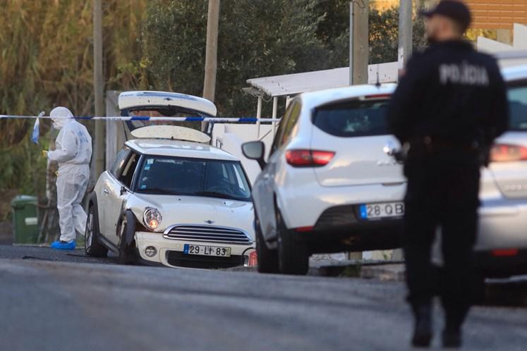 Dois assaltantes feridos em operação policial em Queluz de Baixo