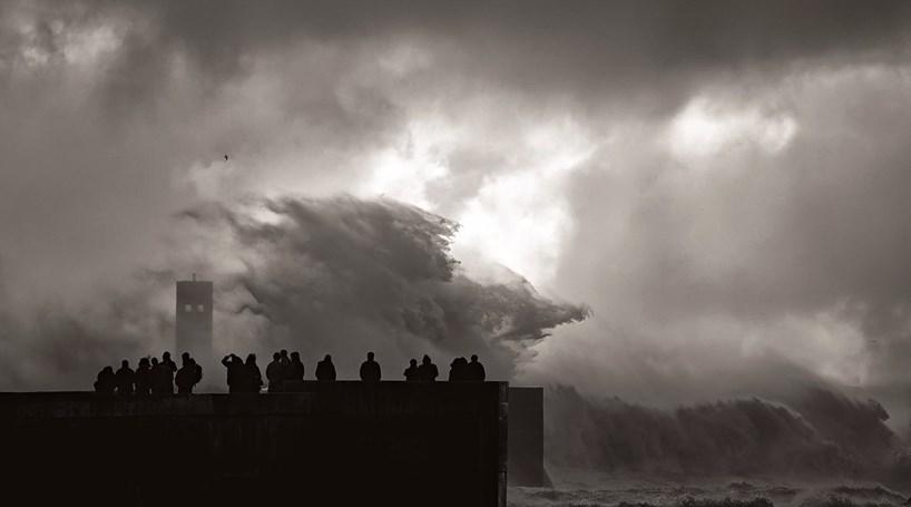 Tempestade Bruno Traz Chuva E Vento Forte