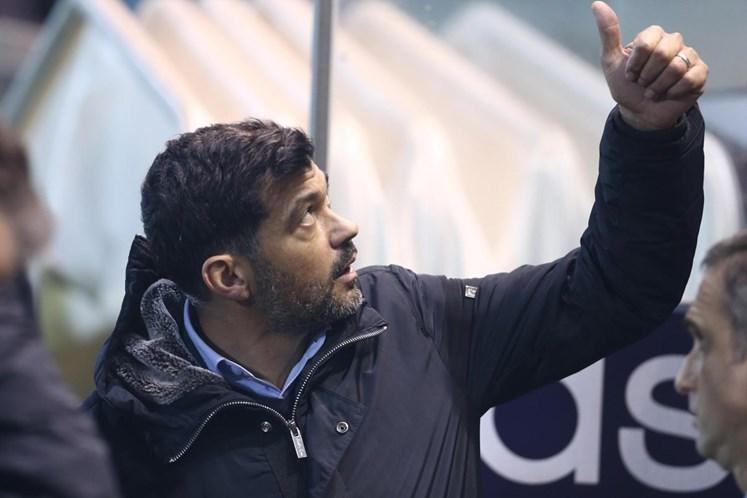 Crónica: Assistências de Alex Telles 'empurram' FC Porto para a vitória