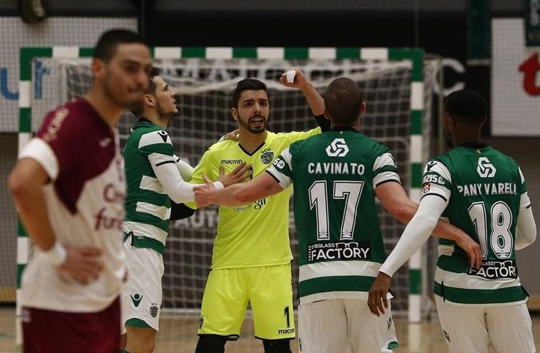 Emoção até ao último segundo e Sporting na final
