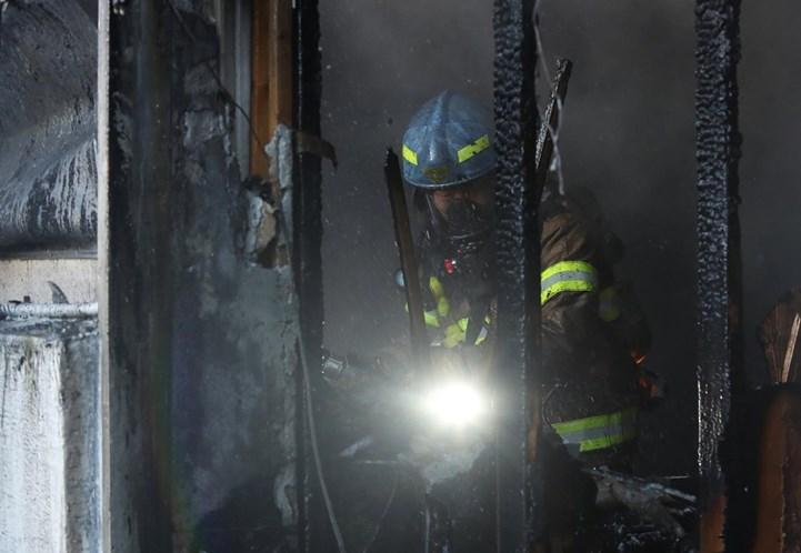 Pelo menos 41 mortos e 70 feridos em incêndio em hospital