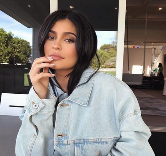 Kylie Jenner já é mãe