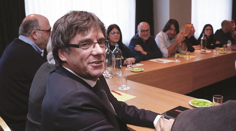 Parlamento vai pedir intervenção de Tribunal Europeu para investir Puigdemont