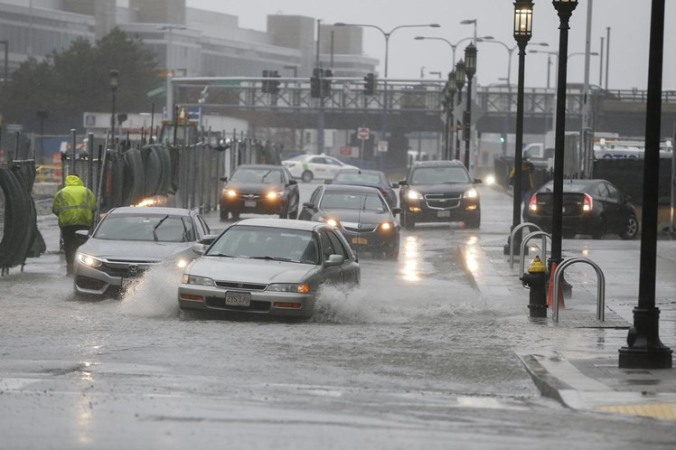 Tempestade que atinge nordeste dos EUA deixa cinco mortos