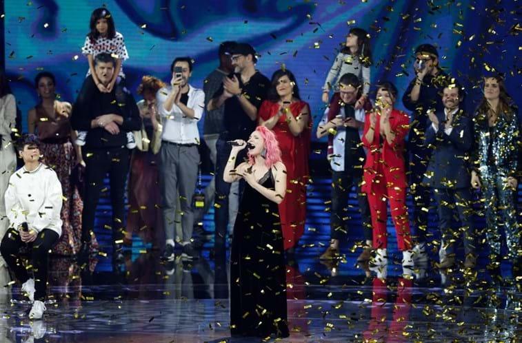 Cláudia Pascoal vai representar Portugal no Festival da Eurovisão