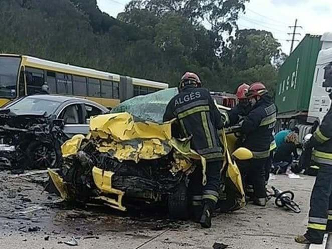 Acidente faz um morto e dois feridos e complica trânsito na CRIL