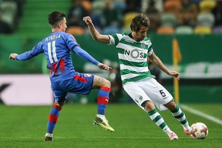 Coentrão quer retirar-se no Sporting