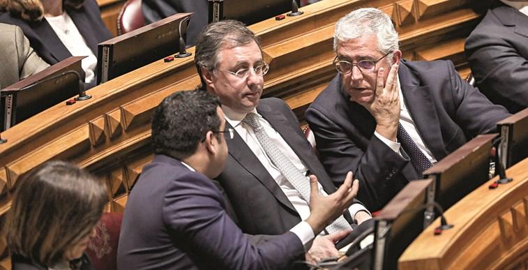 Direção do PSD aguarda demissão de Barreiras Duarte