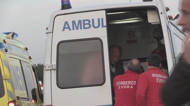 Acidente com autocarro na A6 faz 38 feridos ligeiros