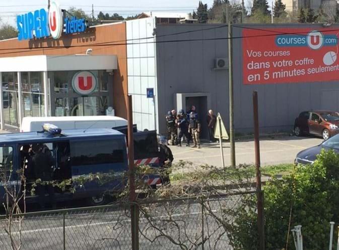 Um português entre os mortos no atentado de França