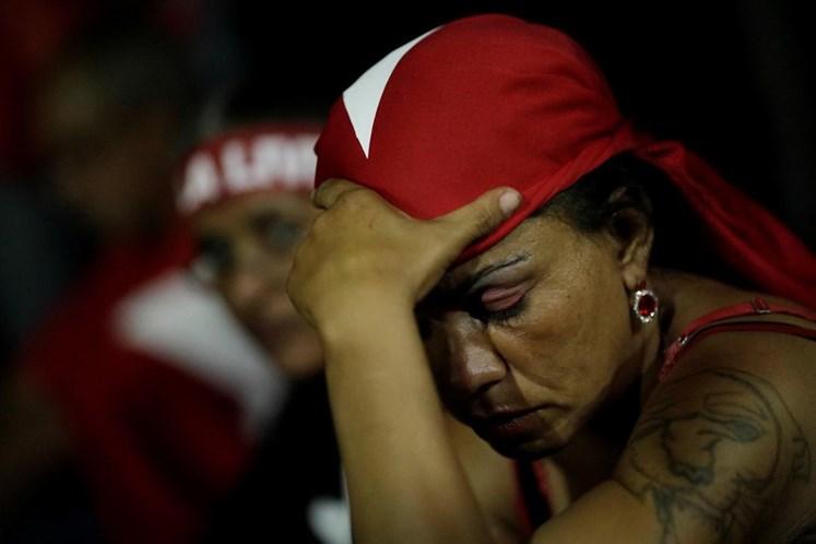 Lula é inocente e vai saber enfrentar o momento, diz Dilma Rousseff