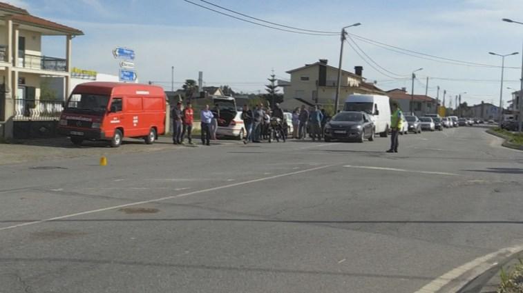 Homem morre em acidente de mota em Barcelos