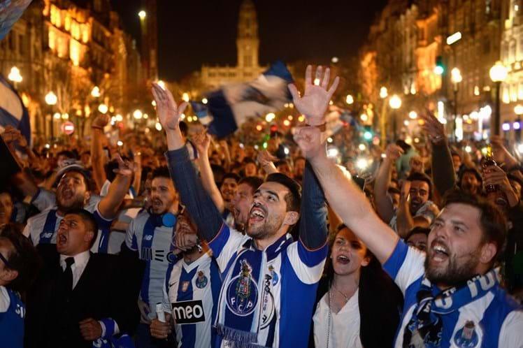 STCP com autocarros de grande capacidade para festejos do FC Porto